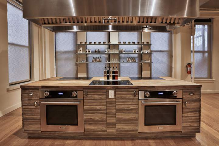 Sensational Commercial Kitchen Rental Nyc Studio Space Shooting Interior Design Ideas Lukepblogthenellocom
